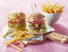 Aviko_Skinny Fries_Vega en Beef Burger Casual Dining 1